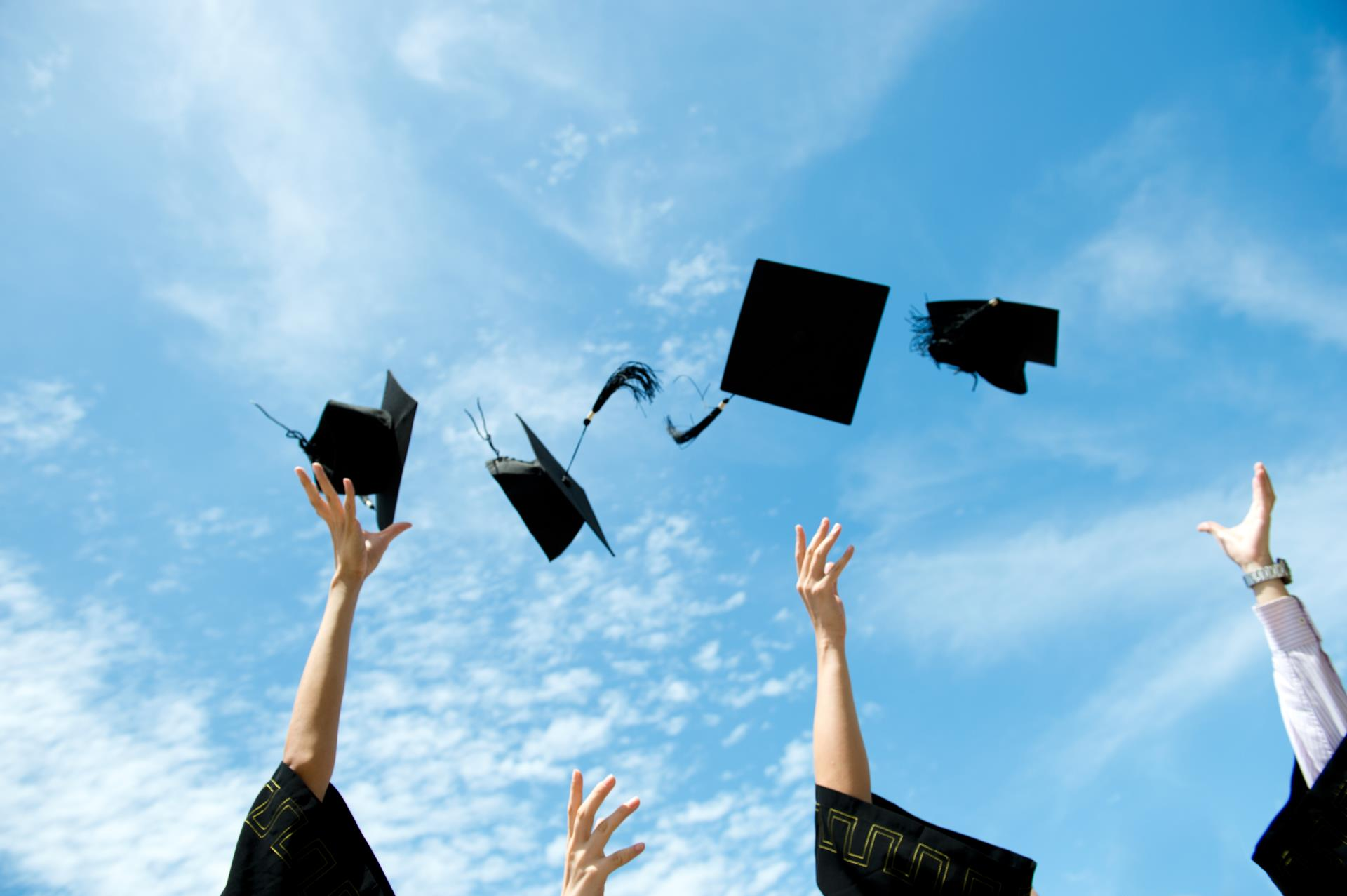 The Eastvale COVID-19 Restaurant Relief Fund Provides Gifts Cards to Graduating Seniors